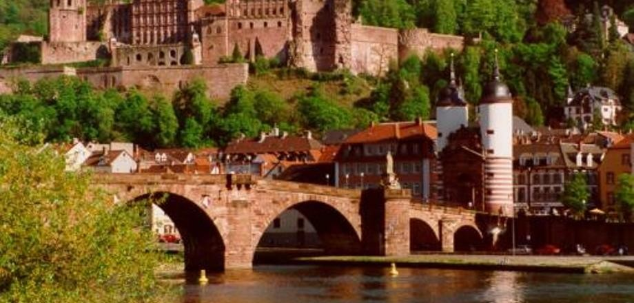 curso-adulto-idiomas-aleman-especializado-alemania-heidelberg-1