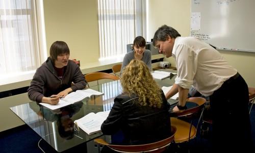 curso-adulto-idiomas-ingles-especializado-boston-estados-unidos-boston-1