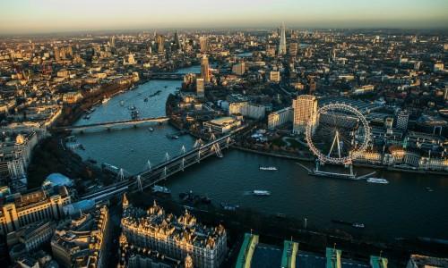 LONDRES curso de ingles en Inglaterra BUS idiomas