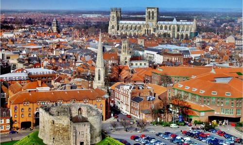 YORK curso de ingles en Inglaterra BUS idiomas