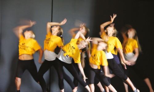 curso-verano-idiomas-inglaterra-sing-dance